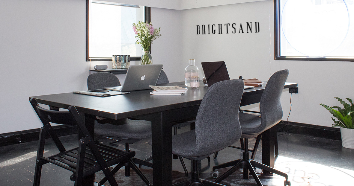 BRIGHTSANDdesigns-office